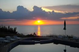 Hotel_Romance_Swimmingpool_Sun