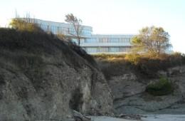 Hotel_Romance_from_beach