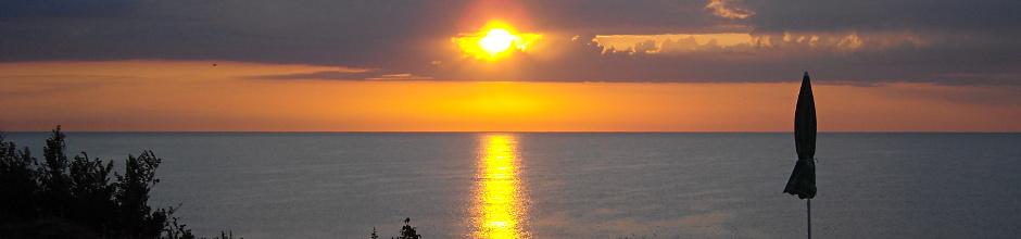 Sunrise_hotel_Romance